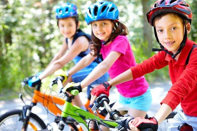 Le sport comme moyen d'épanouissement des enfants par Anna-Marie Spennato Borel